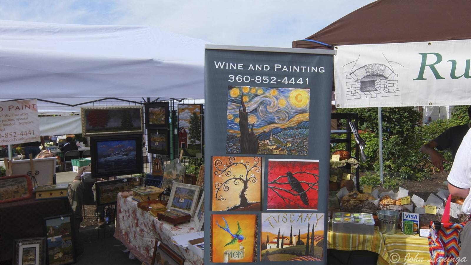 Combining wine and painting... what a novel idea!