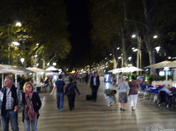Early evenings and the crowds arenot there yet