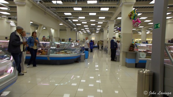 Inside the market hall... clean and large