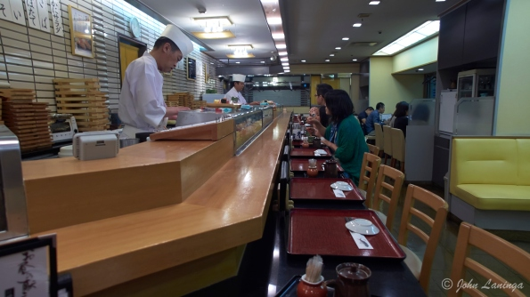 A very good traditional Japanese sushi lunch
