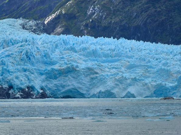 Skua glacier face