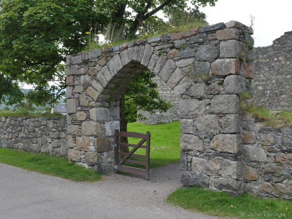 Entrance to Inverloch castle