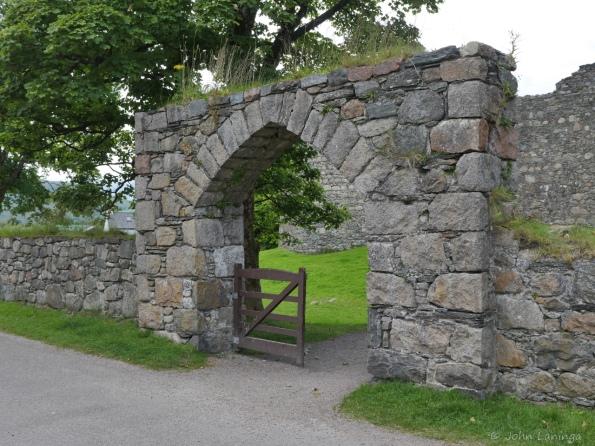 Entrance to Inverloch castle