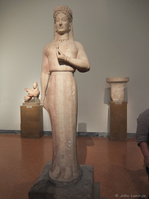 Tall statue of a virgin