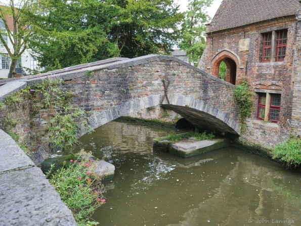 The smallest bridge in Brugge
